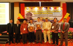 Juara I Oral Presentation pada The 2nd National Annual Scientific Meeting on Emergency Medicine 2014  Malang 6 Desember 2014